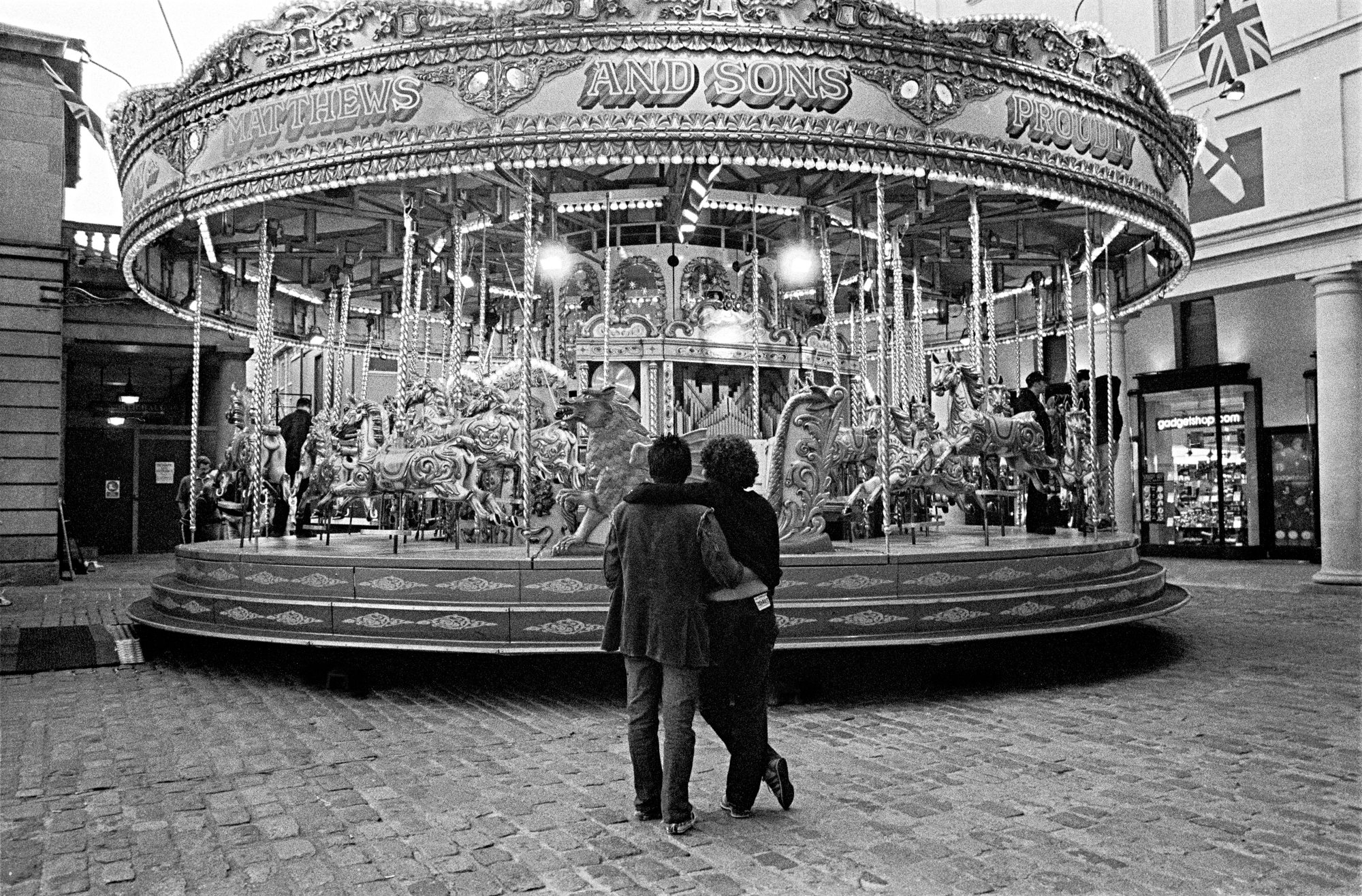 LONDON LIFE - Carousel - Covent Garden - 2004
