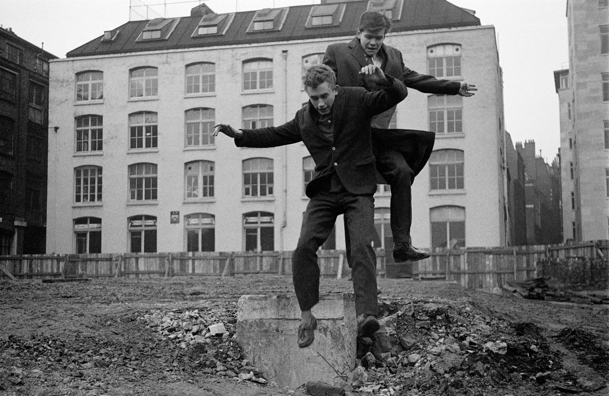 EARLY YEARS - Jimmy Wragg and Bernard Roth Jumping - Swanns Wharf, City of London - 1956