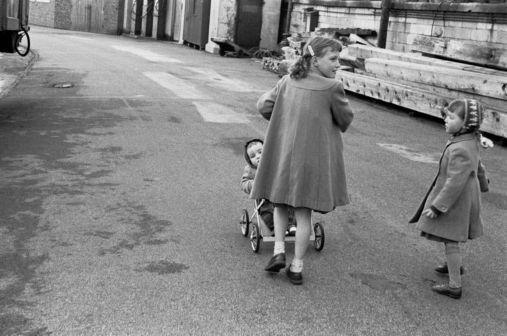 AT THE SEASIDE - Big Sister - Margate - 1962